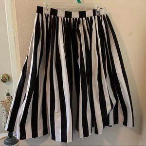 PUG black and white striped Jenny skirt